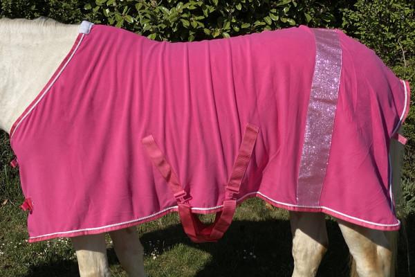Abschwitzdecke mit Glitzerstreifen, Fleecedecke in pink, Pferdedecke, weiße Kordel